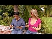 Loira amadora dos peitos grandes - www.pornoreal.com.br