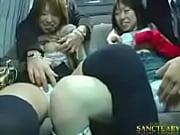 Покорные рабы лижут ножки трансу сасут ему член он кончает им в рот