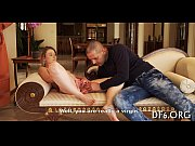 нежная бритая киска порно видео