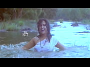 Actress Yamuna nipple slip