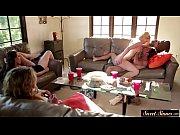 Порно пикаперов на природе с двумя блондинками
