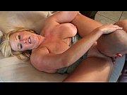 Секс видео мама и папа занимаются сексом а дочка подглядывает а потом присоединяется