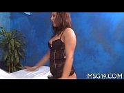 Женщина работает руками порно фото
