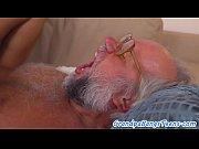 порно онлайн толстый волосатый мужик трахает