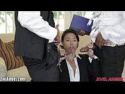 жена в присутствии с мужиками трах