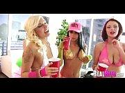первый порно ролик с лизой энн