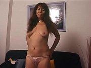 зрелую жестко впервые трахают в анал видео порно