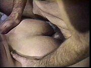 Порно дефлорация крупным планом онлайн