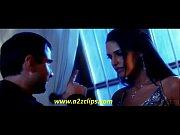 HD  Aye Dil Ye Bata - Julie FT. Neha Dhupia KiL0 DUS