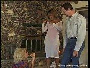 Сэксуальная мамка с большой жопой трахается с сыном