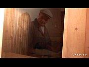 libertine francaise sodomisee au sauna dans un plan.