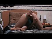 Скачять ролик смотреть массаж сисек