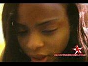 Лизбиянка трахнула спяшию подругу