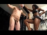 mistress kiana ballbusting kicks - ayacum.com