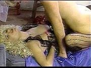 Молодинкие блондинки лесбиянки мастурбируют друг другу