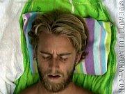 Mand søger ung fyr thai massage lystrup