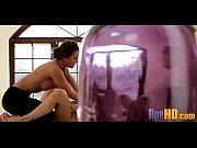 Смотреть порнофильмы сикают на мужчин и заставляют лизать