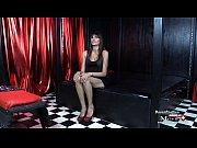 Nina ist eine geile Sekret&auml_rin und will ins Pornogesch&auml_ft - SPM Nina27 IV01