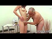 порно видео смотреть с боней для мобильной версии