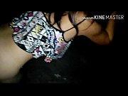 домашняя девочка в кружевном белье