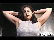 Porno transeksual kanchaet sebia vrot