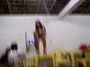 Телдка с огромными сисиками прыгает на хую
