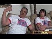 Гей привязал парня к дивану и трахает его