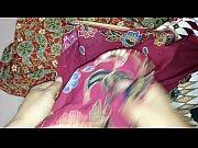 cum on aunty&#039_s lungi batik ayu.