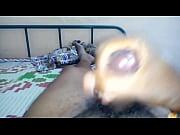 Сын ебет свою спящую мать чеченку и снимает на видео