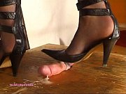 Beneath Indian Mistress Julie Singla&#039_s Soles who tramples cock with heeljob