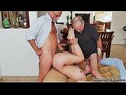 жена ебется при муже видео русская