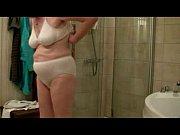 порно красотка соблазняет сантехника смотреть