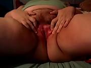 Порно в масле кончает в писку