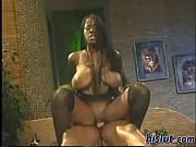 Lange hængende bryster brune piger