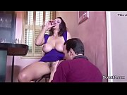 много сквирта для одной брюнетки скачать порно ролик