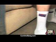 засветы болельщиц на стадионах подглядывание под юбки между ног