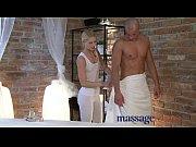 Мужик ллижет 40 минут крассное одеяло