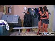 порно жесткая парнуха одна на всех
