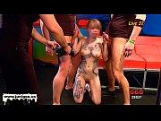 Русская девушка мастурбирует перед веб камерой