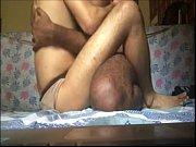 В мужском туалете застала дома порно
