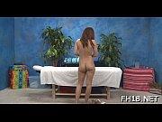 Порно видео с красивыми писками трахает так что она обосалась
