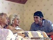 порно с беззащитной блондиночкой