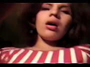 порно онлайн прошлого века в пышных платьях ретро