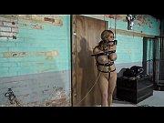 девушки писают перед камерой порно видео