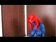 Видео блондинка сидит на большом члене