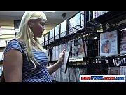video bokep Chubby Teen Girl In Adult Store Gloryhole
