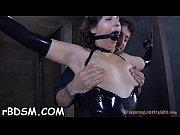 Секс со зрели женщина с молодой парен