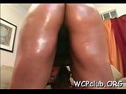 фото красивых девушек в стрингах голые