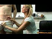 порно видео 2 парня и блондинка