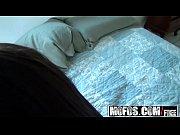 порно видео расплата женой другу за машину